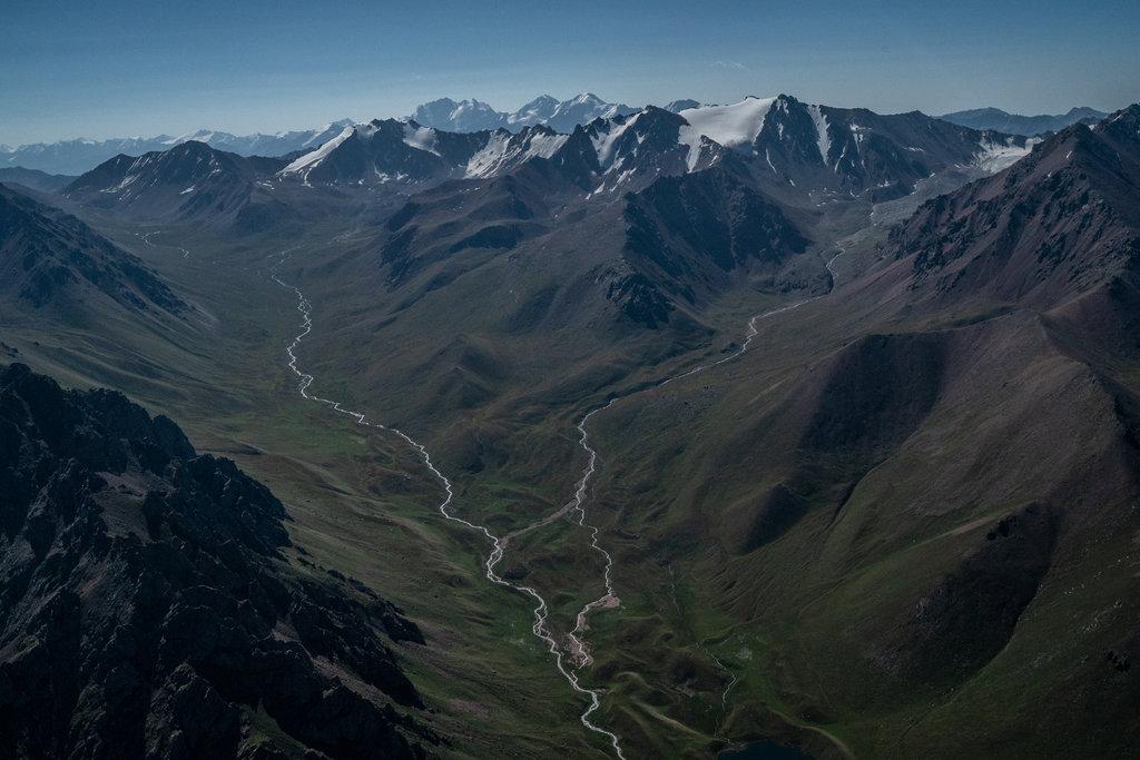 glaciers-kazakhstan-slide-84r8-jumbo